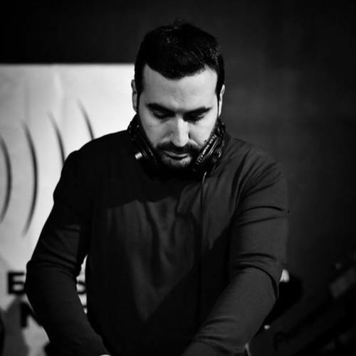 Umberto Parisi's avatar