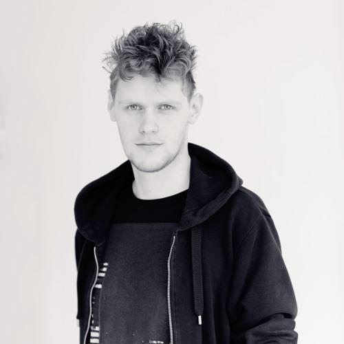 DJ Coras's avatar