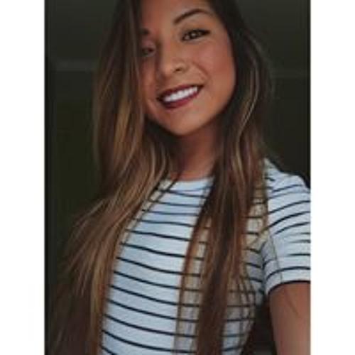 Carla Arevalo's avatar