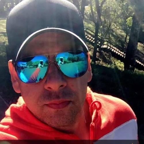 alexandre esc's avatar