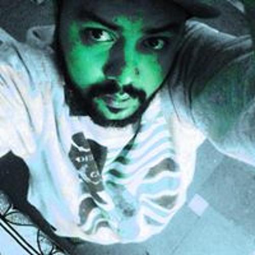 Hasil Thakur's avatar