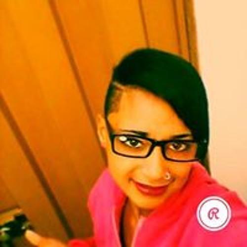 Nina Nascimento's avatar