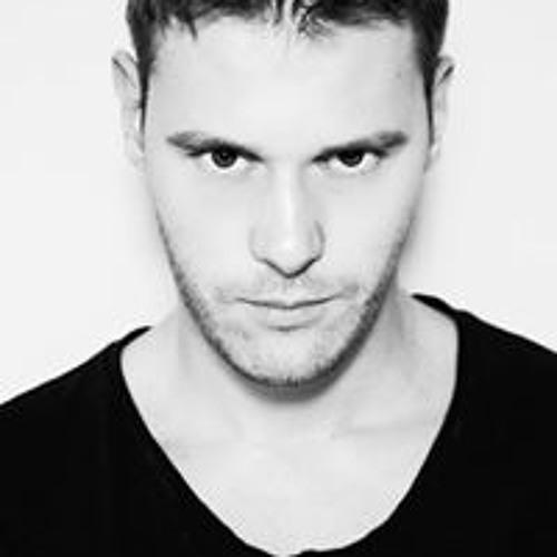 Jo Montano's avatar