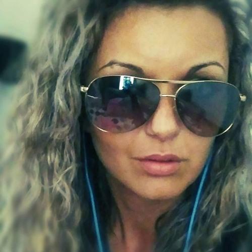 Florina Gal's avatar