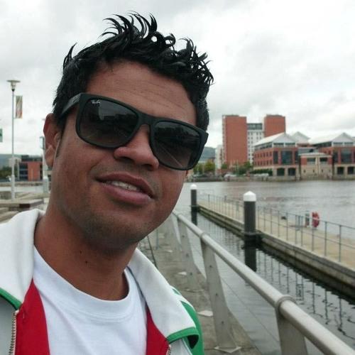 FABIO SOARES's avatar