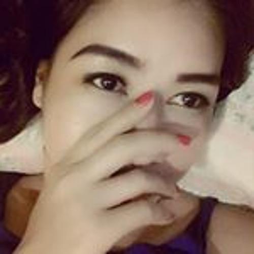 Charlotte Moo Mmh's avatar