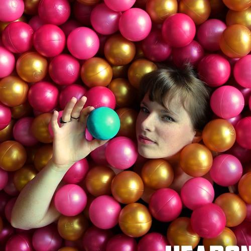 NORA MAZU's avatar
