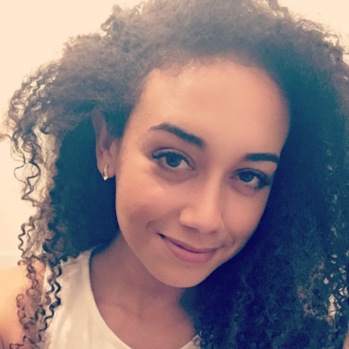 Megan Julia's avatar