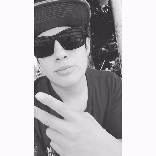 Tikoo Gomeez's avatar