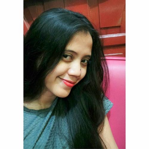 Dwi Lovita's avatar