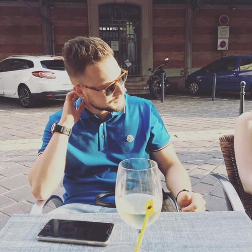 robinsigli's avatar