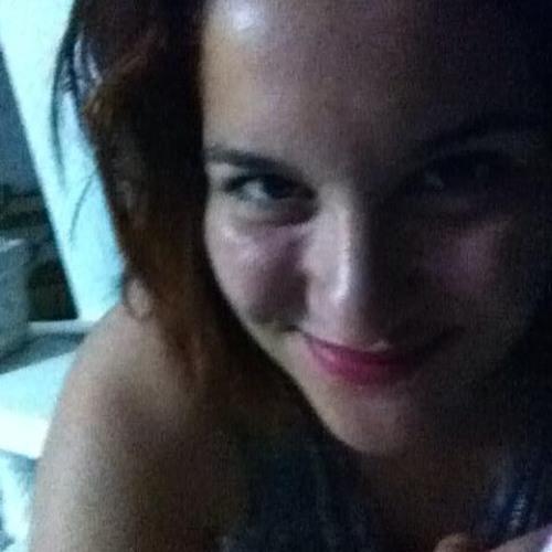 Sarah Medini's avatar