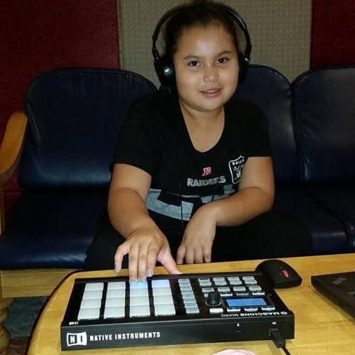 Dabria Dabria's avatar