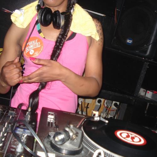 Frau C. Bass's avatar