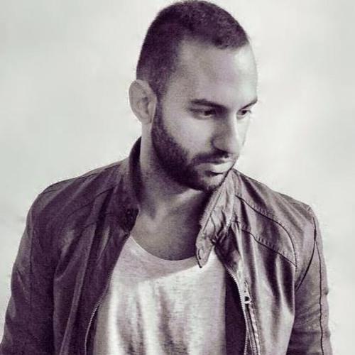 Chris Roma's avatar