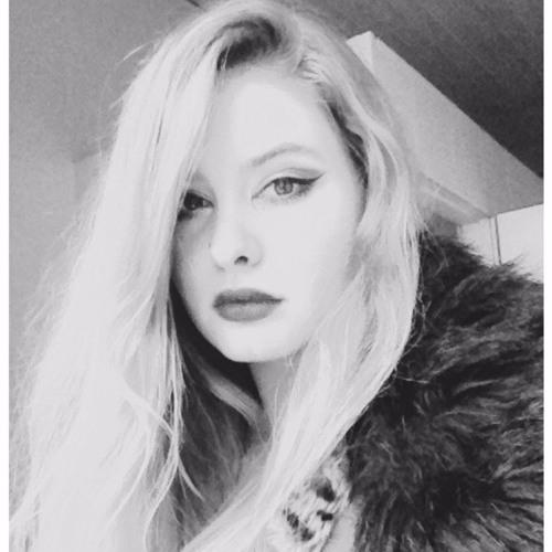 Dilara Damla's avatar