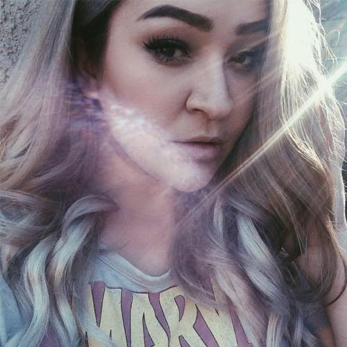 Courtney Buege's avatar