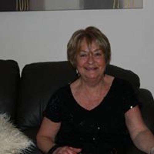 Christine Reid's avatar