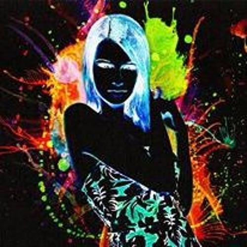 SaMina Chowdhury ✪'s avatar