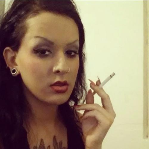YnOoOzzz's avatar