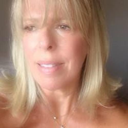 Denise Costa's avatar