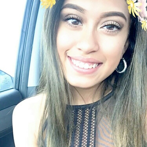 Mia Quintero's avatar