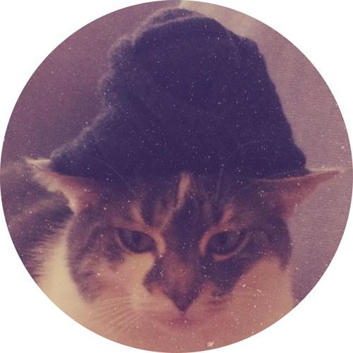 communiqué's avatar