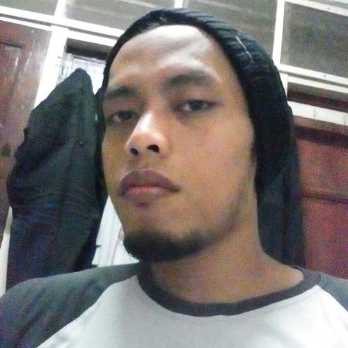 Momo Dudud's avatar