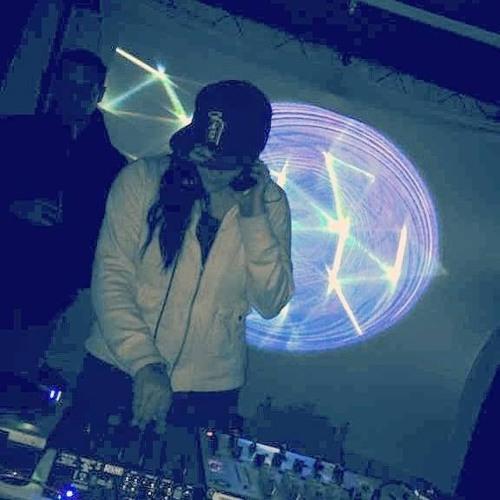 DJ Ash Cavo's avatar
