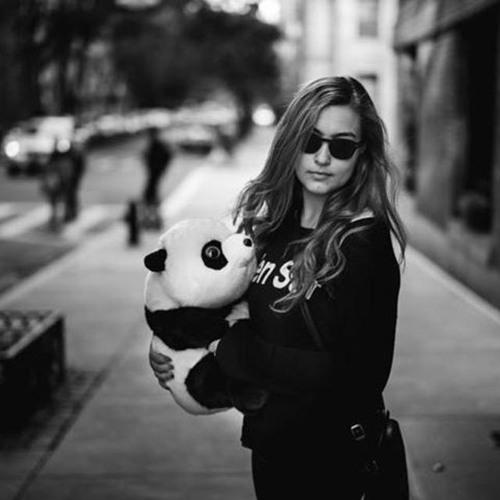 Gabriella Sims's avatar