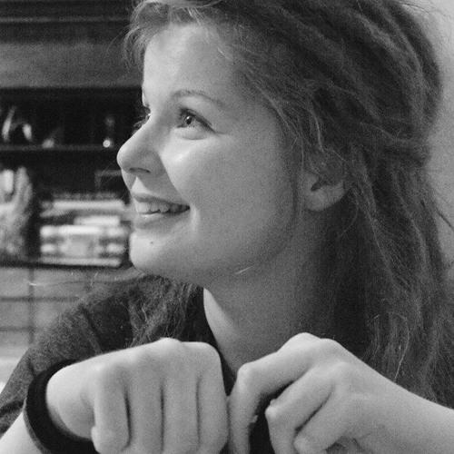 Lea Andrea H's avatar