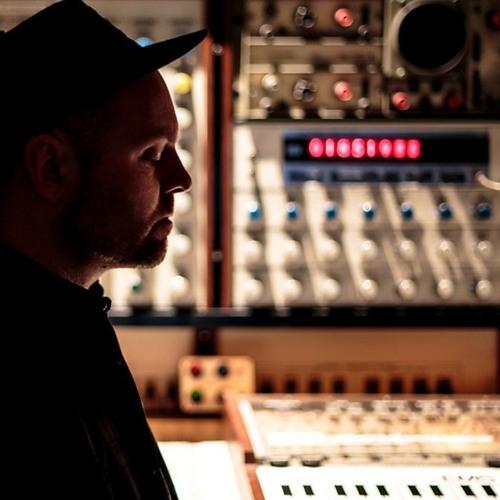DJ Shadow – Essential Mix 2016-07-02's avatar