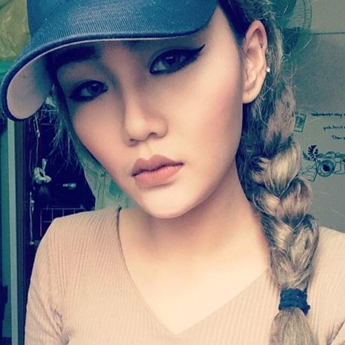 Danielle Whitson's avatar