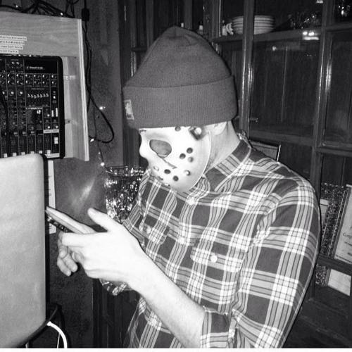 DJ Evaredy's avatar