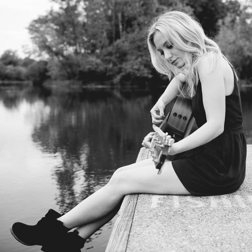 SarahBellaMusic's avatar