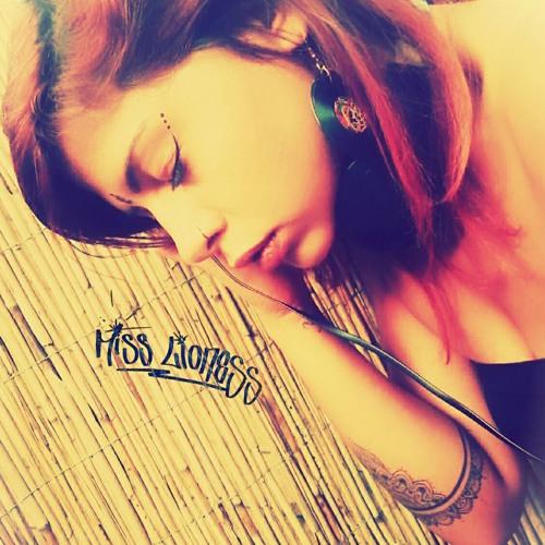 *Miss Lioness*'s avatar