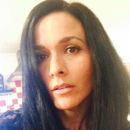 Claire Barrett's avatar