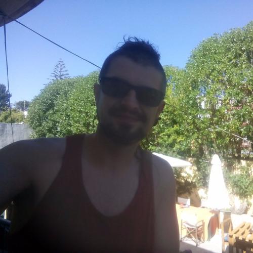 Ricardo Taya's avatar