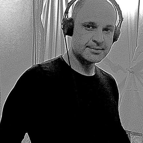 DubMön & Hans Brükner's avatar