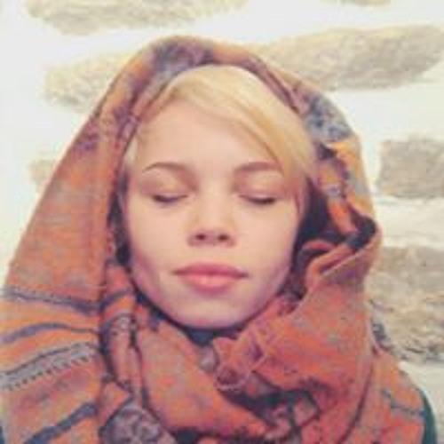 Nelli Lind's avatar