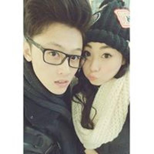 Nicholas Yong's avatar
