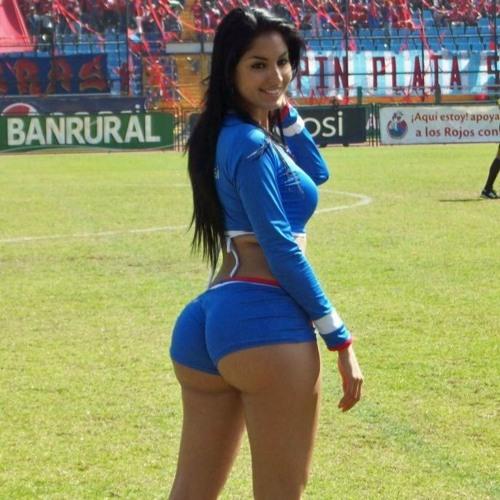 Loretta Flores's avatar