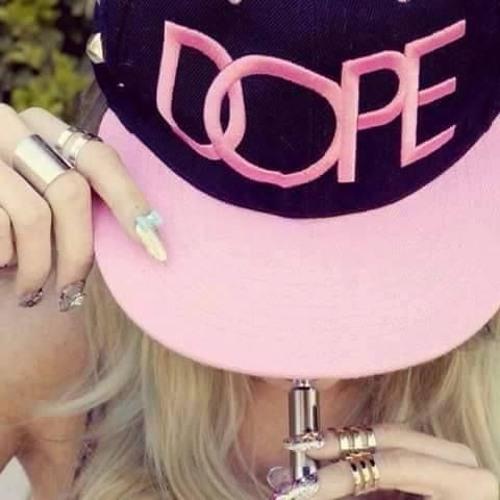 Shana Slimaz Trap's avatar