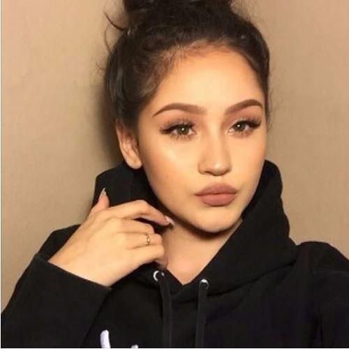 Tia's avatar