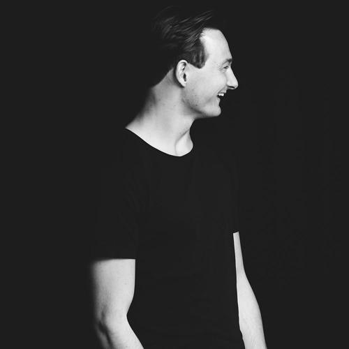 Chris Tier's avatar