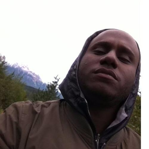 Widos Kamil's avatar