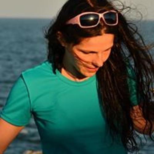 Desi Antonova's avatar
