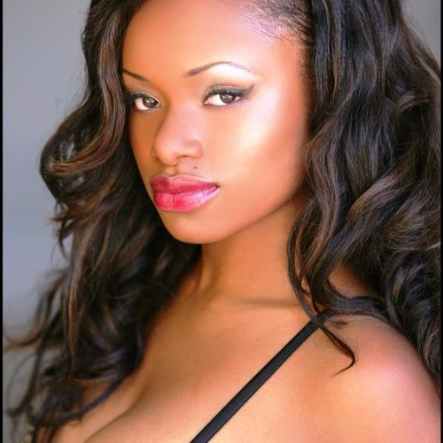 Michele Vaughn's avatar