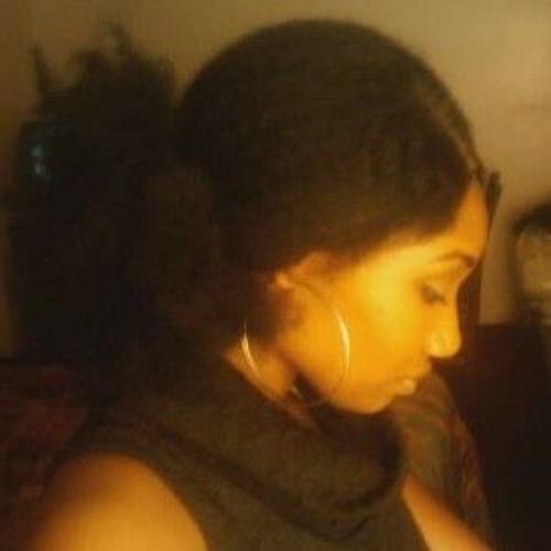 Vicky Romero's avatar