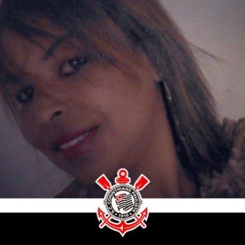 Adriana Rodrigues's avatar
